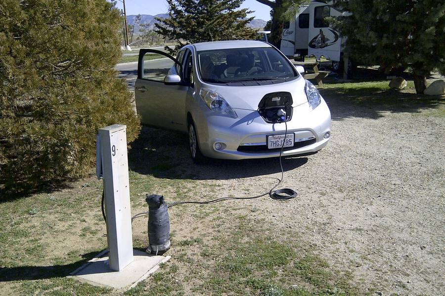 Wind Works Charging An Ev At Tehachapi S Mountain Valley