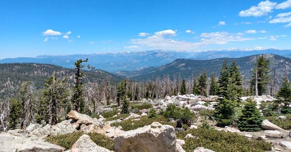 View from Sherman Pass over the Kern Plateau into the Golden Trout Wilderness.