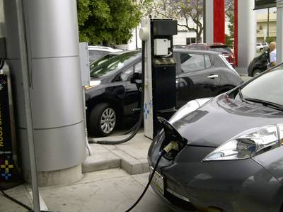 Leafed: Two unoccupied LEAFs charging at Nissan of Glendale L2 stations blocking the DCFC. No hang tags. No identification. No drivers. No one present. No one knew anything. Very poorly designed charging station, allowing those on L2 to block access to the DCFC station.